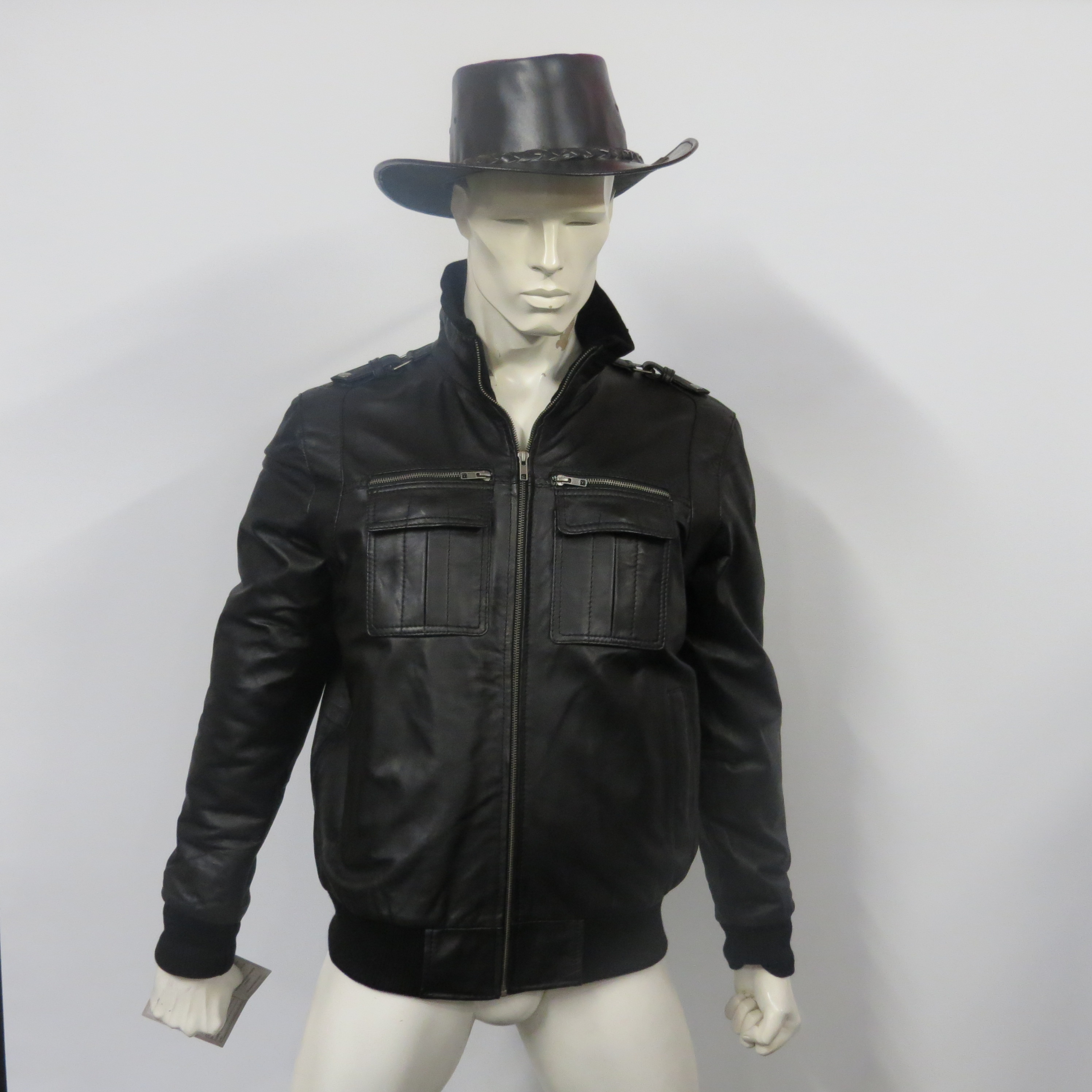 Mens 61114 A1 grade soft brown or black (pictured) nappa leather, sizes small to 4XL.